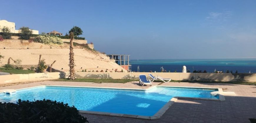 Amazing apartment in the center of Hurghada with it is own beach, swimming pool and stunning views