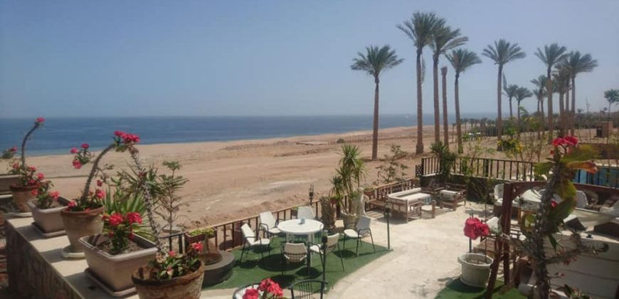 "Villa with Garden and sea view in Sahl Hasheesh "" Azzurra residence """