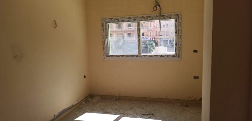 Studios and Apartments in a New Building in Hadoba area ! Green Contract !