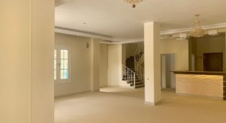Spacious and bright villa in Mubarak 7 area