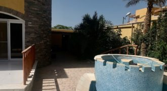 Stunning villa with swimming pool and garage in Mubarak 7