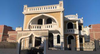 Spacious oriental villa in Magawish area